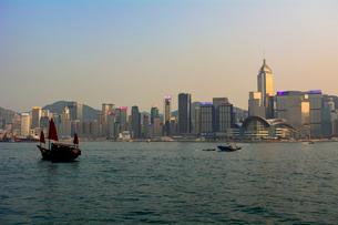 香港島とクーロンエリアの写真素材 [FYI02667861]