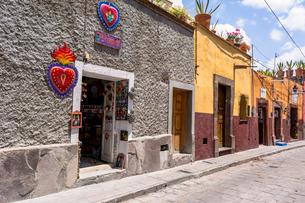 サン・ミゲル・デ・アジェンデの歴史史跡地区の写真素材 [FYI02668560]