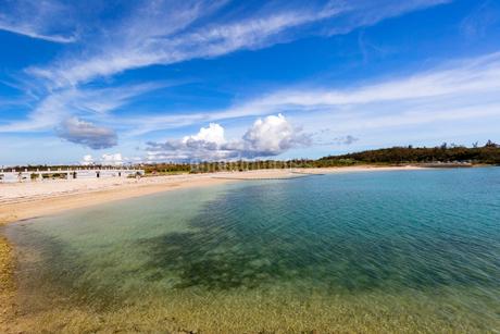 宮古サンセットビーチ、南側の写真素材 [FYI02668751]