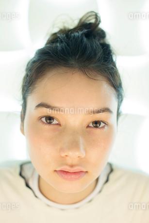 20代ナチュラルメイクの外人モデルの写真素材 [FYI02668849]
