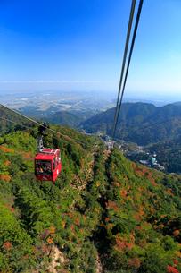 三重県 御在所岳の紅葉の写真素材 [FYI02668908]