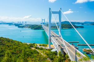 鷲羽山より瀬戸大橋の写真素材 [FYI02668996]