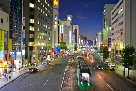 広島市相生通りの夜景の写真素材 [FYI02669554]