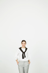 笑顔の20代外人モデルのポートレートの写真素材 [FYI02669955]