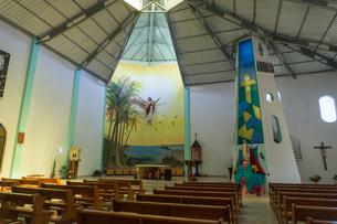 イサベラ島の教会の写真素材 [FYI02670608]