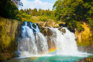 関之尾の滝の写真素材 [FYI02670674]