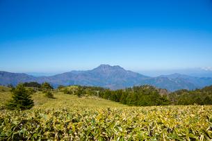 瓶ヶ森と石鎚山の写真素材 [FYI02670763]