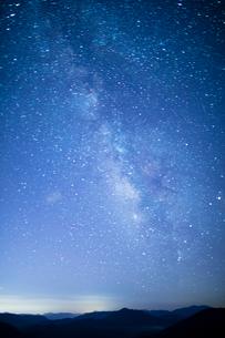 掛頭山より満天の星の写真素材 [FYI02670824]