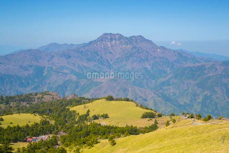 瓶ヶ森と石鎚山の写真素材 [FYI02670875]