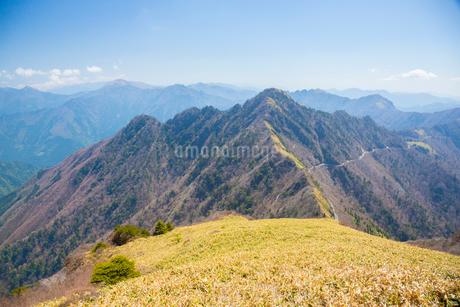 瓶ヶ森と四国山地の写真素材 [FYI02670943]