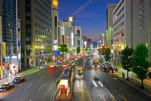 広島市相生通りの夜景の写真素材 [FYI02670957]