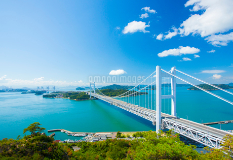 鷲羽山より瀬戸大橋の写真素材 [FYI02670964]