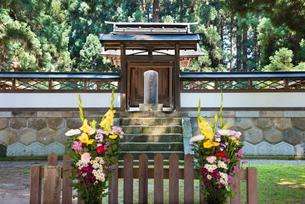 上杉家廟所、上杉謙信の墓の写真素材 [FYI02671394]