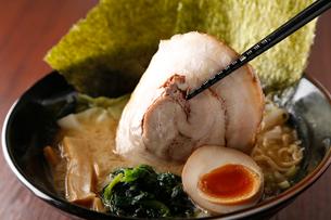 味噌チャーシュー麺の写真素材 [FYI02671430]