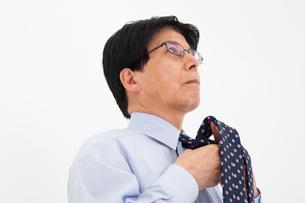 ワイシャツ姿の男性の写真素材 [FYI02671439]