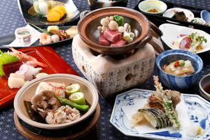 和食の宴会料理の写真素材 [FYI02671640]