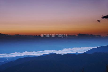 南アルプスの朝の写真素材 [FYI02671866]