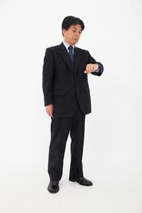 スーツを着た男性の写真素材 [FYI02671881]