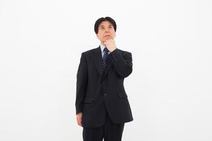 スーツを着た男性の写真素材 [FYI02671991]