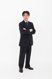 スーツを着た男性の写真素材 [FYI02671998]