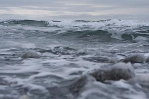 曇天の海の写真素材 [FYI02672006]