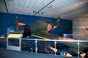 スミソニアン航空宇宙博物館 の零戦の写真素材 [FYI02672105]