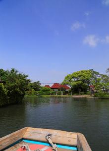 5月 緑の柳川川下りの写真素材 [FYI02672173]