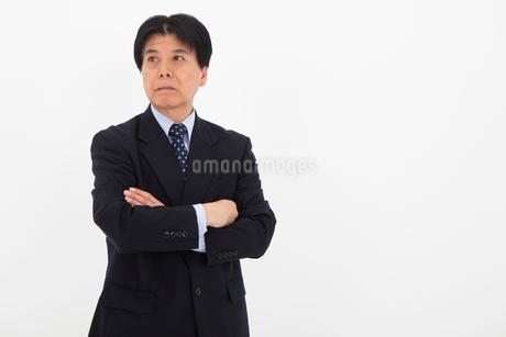 スーツを着た男性の写真素材 [FYI02672241]