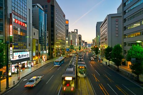 広島市相生通りの夕暮れの写真素材 [FYI02672249]