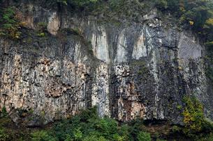 10月  秋の厳立峡の写真素材 [FYI02672358]