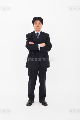 スーツを着た男性の写真素材 [FYI02672415]