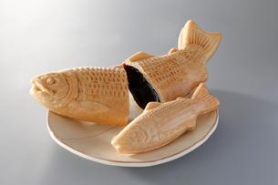 鮭モナカの写真素材 [FYI02672545]