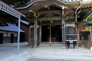 10月 伊勢志摩の金剛證寺奥之院の写真素材 [FYI02672760]