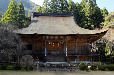 12月 若狭神宮寺-お水送りの寺-の写真素材 [FYI02672789]