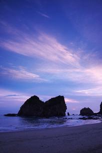 梅ヶ浜の朝の写真素材 [FYI02672885]