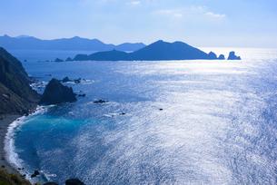 ニニギノミコト上陸地から沖秋目島を望むの写真素材 [FYI02673276]