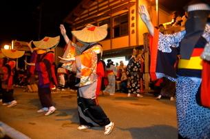 8月 秋田の西馬音内盆踊りの写真素材 [FYI02673474]