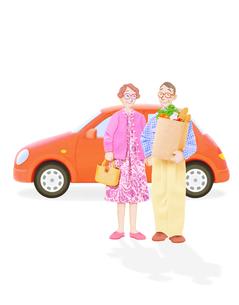 老夫婦と車の写真素材 [FYI02673480]