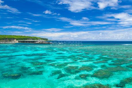 インギャーマリンガーデンの綺麗な海の写真素材 [FYI02673488]