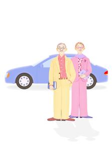 老夫婦と車の写真素材 [FYI02673734]