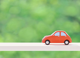 赤い粘土の車の写真素材 [FYI02673881]