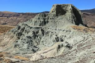 ジョン・デイ化石層国定公園のシープ・ロック・ユニットの写真素材 [FYI02673949]