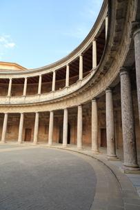 アルハンブラ宮殿のカルロス5世宮殿の写真素材 [FYI02674089]