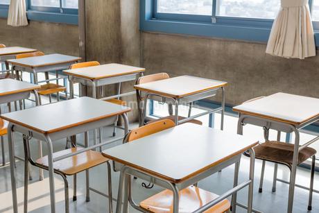 誰もいない教室の写真素材 [FYI02674432]