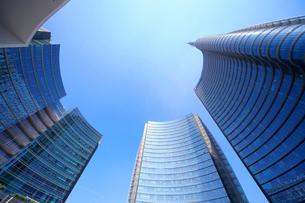 ミラノ再開発地区の高層ビル群の写真素材 [FYI02674804]