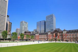 東京駅赤レンガ駅舎の写真素材 [FYI02674812]