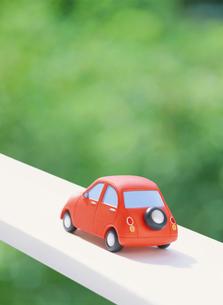 赤い粘土の車の写真素材 [FYI02674905]