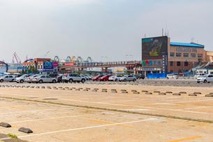 大連港旅客ターミナル,大連港候船庁の写真素材 [FYI02675205]
