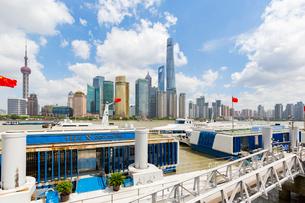 上海、ウォーターフロントの写真素材 [FYI02675399]