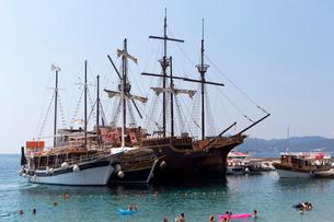 ロプト島、港のビーチの写真素材 [FYI02675467]
